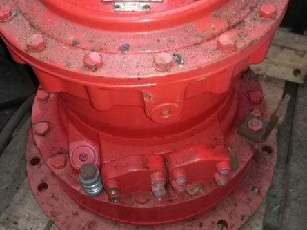moteur hydraulique hagglunds freiné