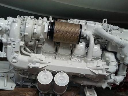 Moteur marin MAN 2848 avec inverseur