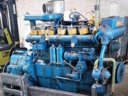 moteur Baudouin 6P15 avec inverseur baudouin IR2N